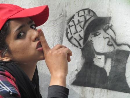 Sonita-Rokhsareh-Ghaem-Maghami-e1448985237352