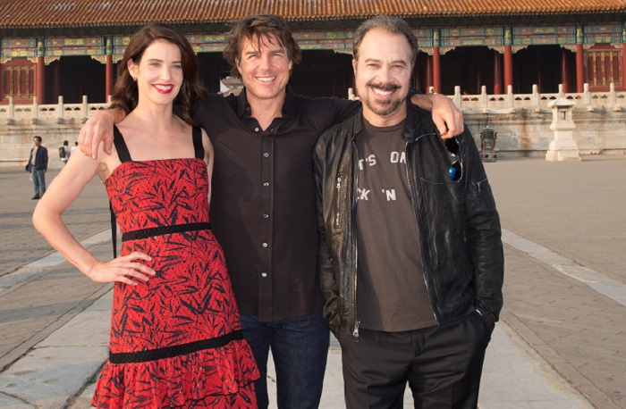 Cobie Smulders, Tom Cruise and  Edward Zwick visits the Forbidden City during the promotional tour of Jack Reacher: Never Go Back Beijing, China. (Photo by Lucian Capellaro for Paramount Pictures) *** Local Caption *** Tom Cruise; Cobie Smulders; Edward Zwick