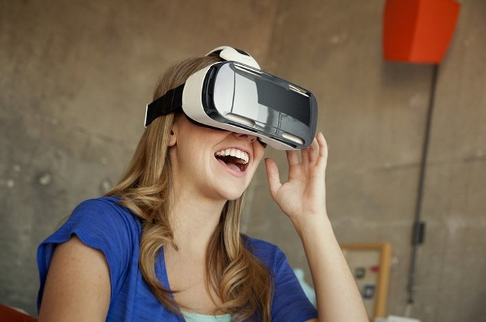 A VR headset at work