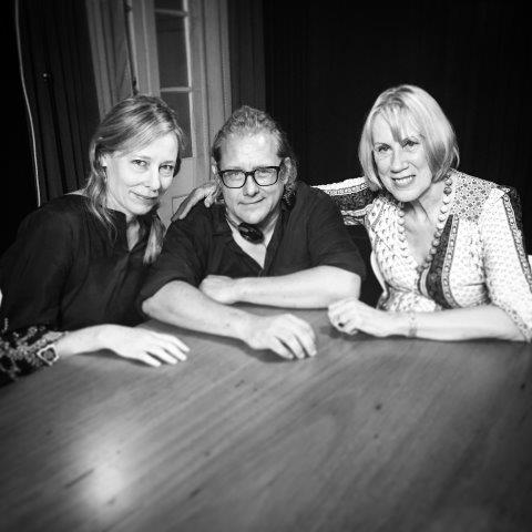 Kriv Stenders, Amanda Brown, Lindy Morrison © Essential Media & Entertainment