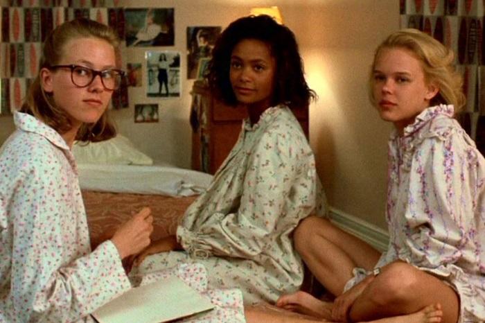 Naomi Watts, Thandie Newton and Kym Wilson in Flirting.